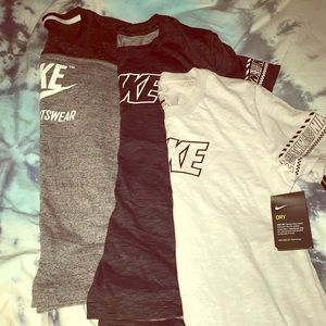 Nike set of 3 t shirts BNWT and BNWOT